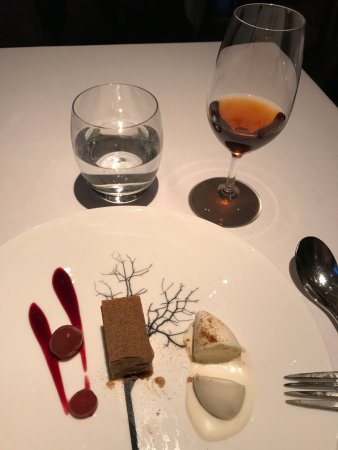 The Ledbury: Stem Ginger Ice Cream & Brown Sugar Tart