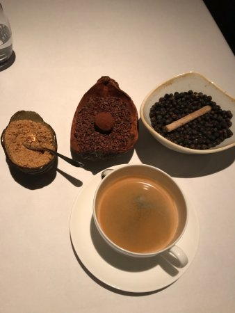 The Ledbury: Coffee... brown sugar, cacao and cinnamon! Wow!