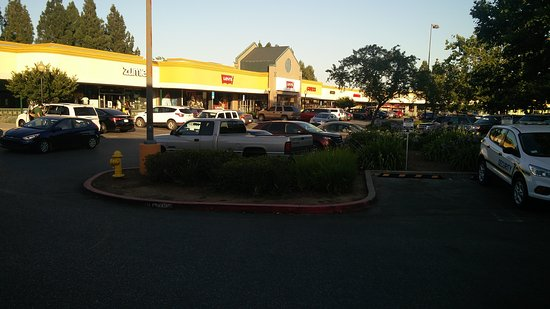 Gilroy, CA: View of market