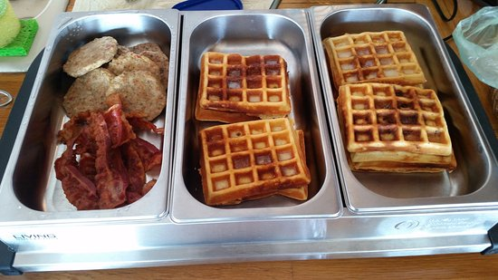 Sagamore Beach, MA: Banana nut waffles with additve free bacon