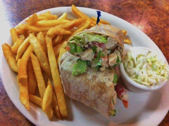 Spring Hill, FL: Grilled Chicken Wrap!