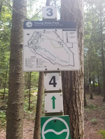 Boyne City, Мичиган: the sign that should be at ALL of the trailheads not just one. Saw this sign after we were done.