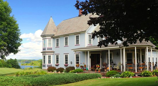 Putnam Station, NY: Beautiful Victorian Inn with gorgeous views of Lake Champlain