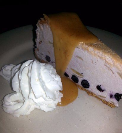 Clayton, Carolina do Norte: Blueberry almond cheesecake!
