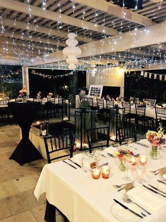 Cleveland, Australië: Courtyard dining
