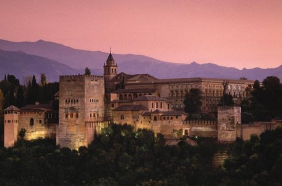 Alhambra 3-Hour Tour with