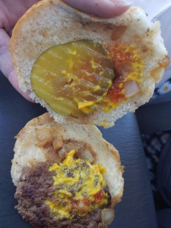 Salina, KS: Inside Burger