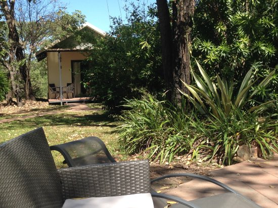 Northern Territory, Australia: Our bungalow near the pool