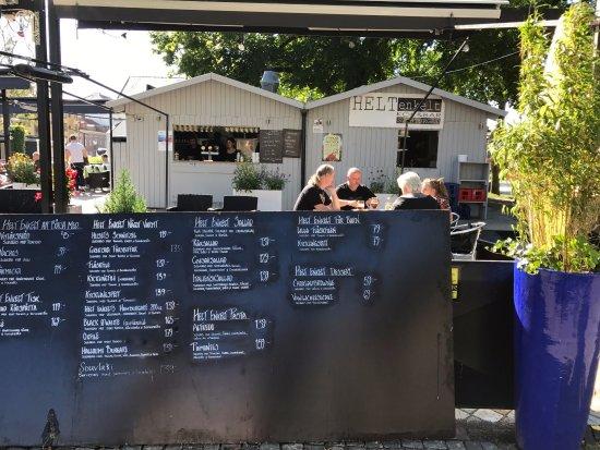 Helt enkelt Kok & Bar: Typisk sommar meny