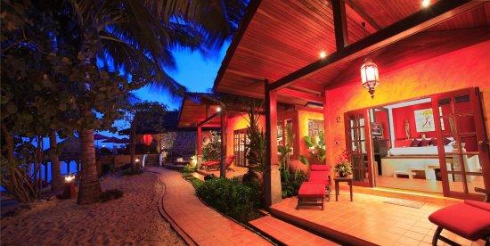 Zazen Boutique Resort & Spa: Beach Front Deluxe Bungalows