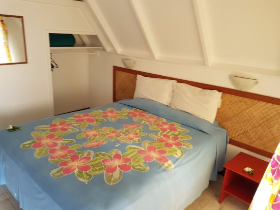 Paradise Cove Lodges: Basic but clean