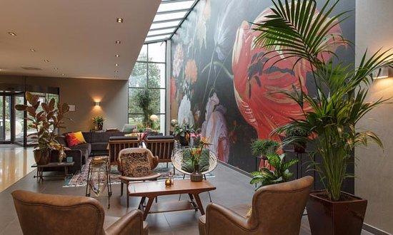 Lobby Van der Valk Hotel Sassenheim-Leiden