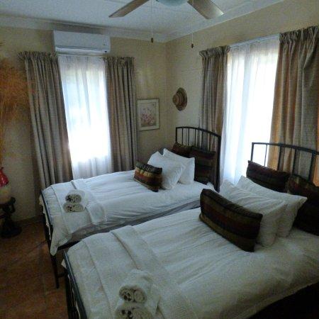 Tsumeb, Namibia: Third Twin Room