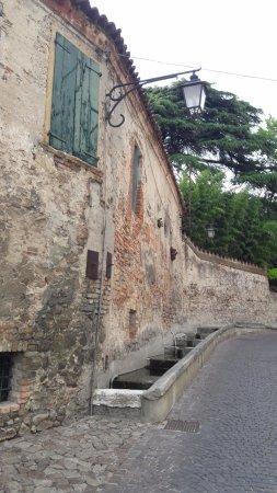 Arqua Petrarca, Itália: La fontana del Petrarca