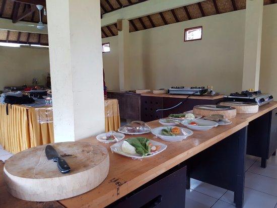 Ketut's Bali Cooking Class: werkbanken