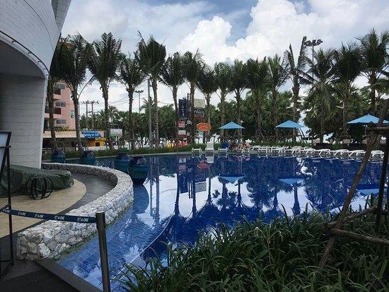 A-One The Royal Cruise Hotel: IMG-20170531-WA0066_large.jpg