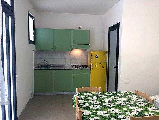 Camera Da Letto Verde Smeraldo : Bungalow posti letto foto di camping smeraldo isola verde