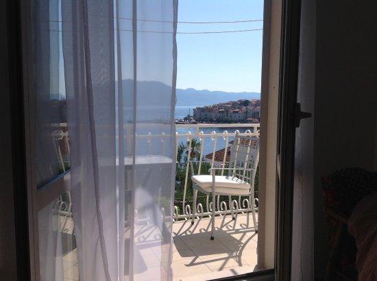 Foto de Guesthouse Palm Street, Korcula Island: Balcony/Terrace - Tripadvisor