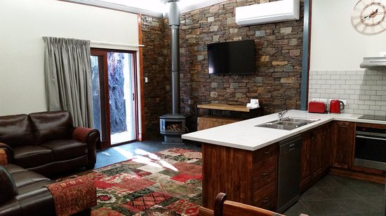 Eagle Foundry Bed & Breakfast: Blacksmith Forge Suite