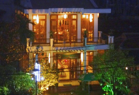 V hled z pokoje picture of rosaleen boutique hotel hue for Hues boutique hotel location