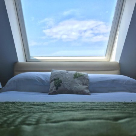 Hythe, UK : Room with a view