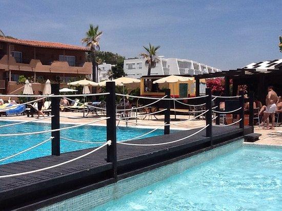Avis Literie Resort Hotel