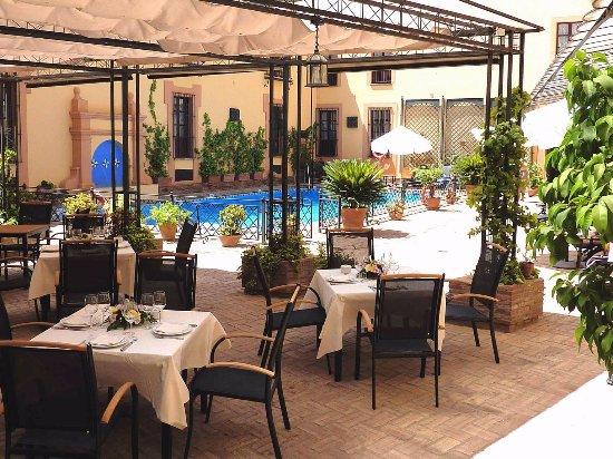 Restaurante Tabanco: Terraza piscina