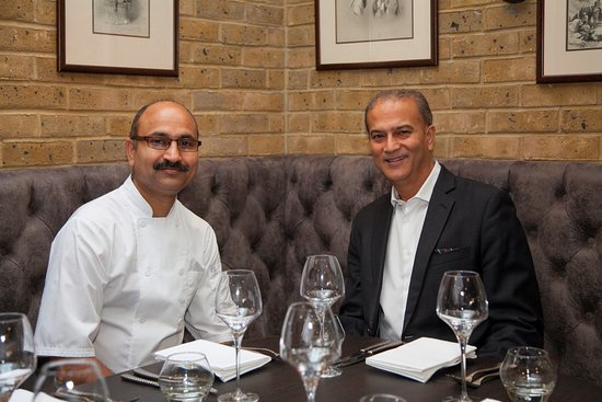 Woodford, UK: Head Chef Dayashankar Sharma & Owner Rajesh Suri
