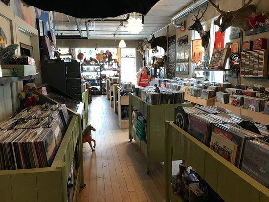 Graveface Records & Curiosities