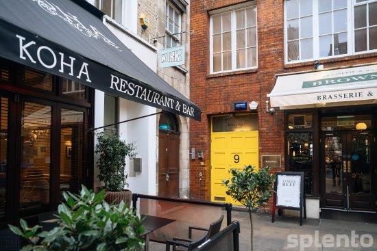 Cafe Koha Bar: nice place