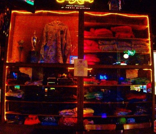 Wooden Chicken Pub Portland Restaurant Reviews Phone