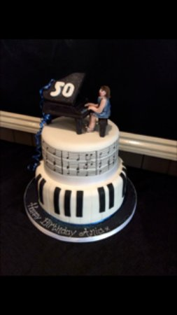 Helens Bake House And Tearoom Lovely Lady Pianists 50th Birthday Cake