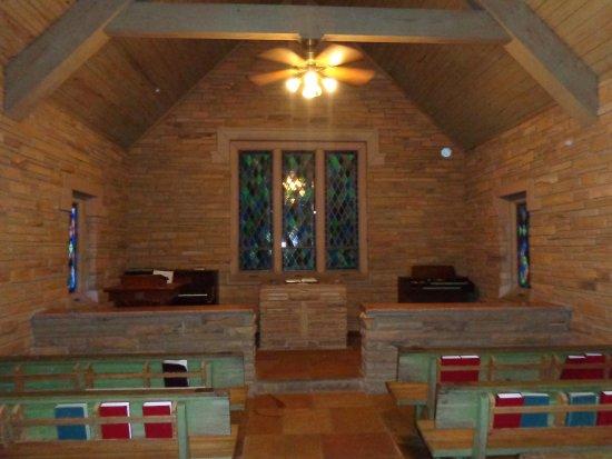 Burns, TN: Inside the church