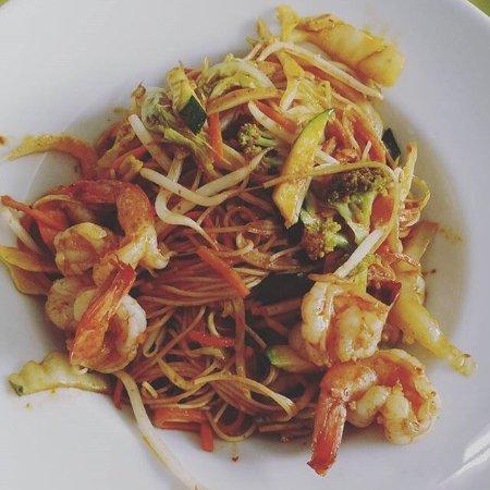 Chez Ly : Nouilles sautées crevettes curry
