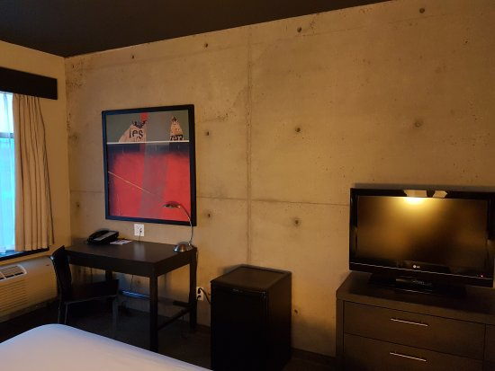 Grand Times Hotel: 20170618_204227_large.jpg