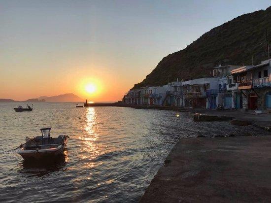 Klima, Yunani: immagine del tramonto a Klyma