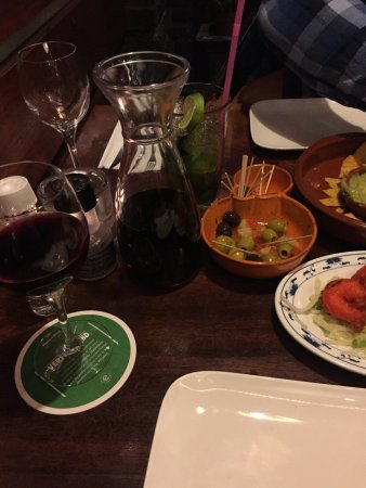 Castillo tapas y steaks: photo2.jpg
