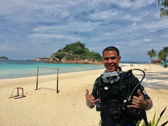Redang Pelangi Resort: first ever photo in a scuba gear