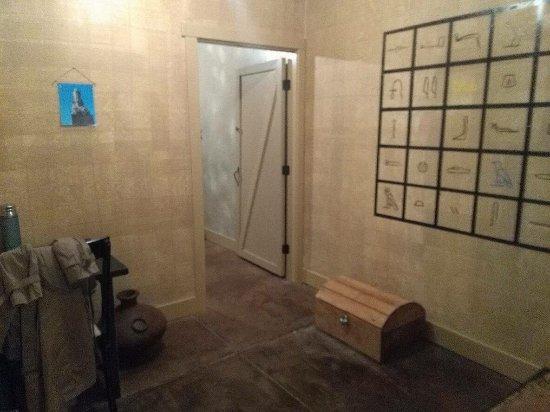 Windsor, MO: Katy Rock Escape