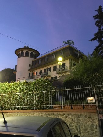 Residence hotel moneglia italien omd men och for Hotel moneglia