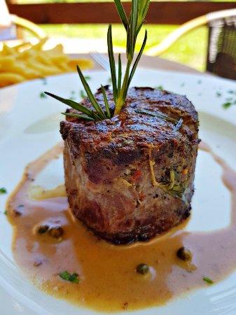 Celadna, Czech Republic: Hovězí steak z pravé svíčkové