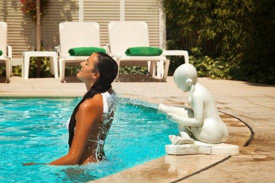 Hotel balneario prats desde caldes de malavella for Piscina 94 respuestas