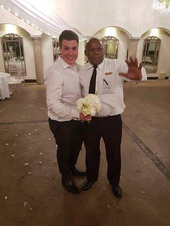 Muldersdrift, Sudafrica: Avianto Staff Member Mike having a good time with the Groom.