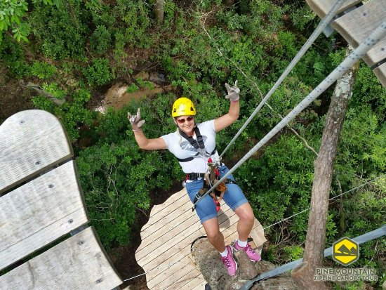 Pineville, KY: Rappelling to next level on Pine Mountain Zipline Canopy Tour