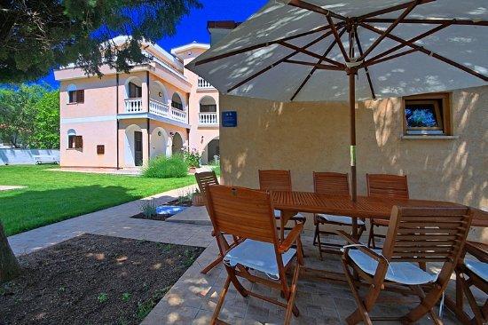 Sun Palace Residence