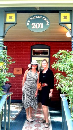 Mauger Estate B&B : Exploring Albuquerque with an Artist friend -