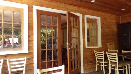 Scottsville, VA: porch area looking towards inside
