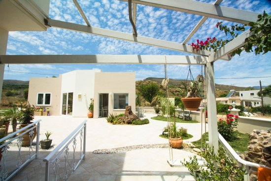 Arodamos Apartments and Studios Photo