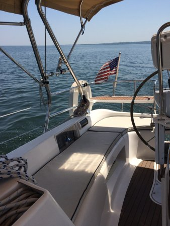 Sag Harbor, NY: Sea Escapes cockpit has shade and is spacious