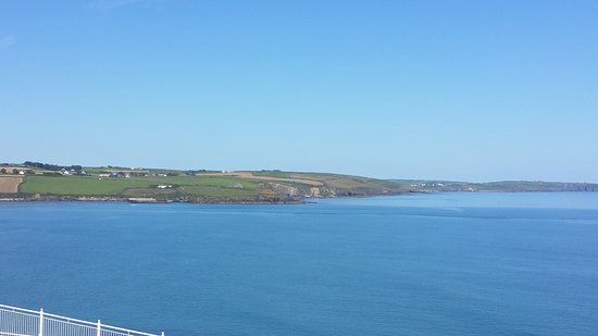 Dunmore House Hotel: The view from the room overlooking Clonakilty Bay